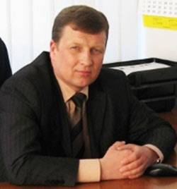 Тихомиров Виктор Михайлович – руководитель